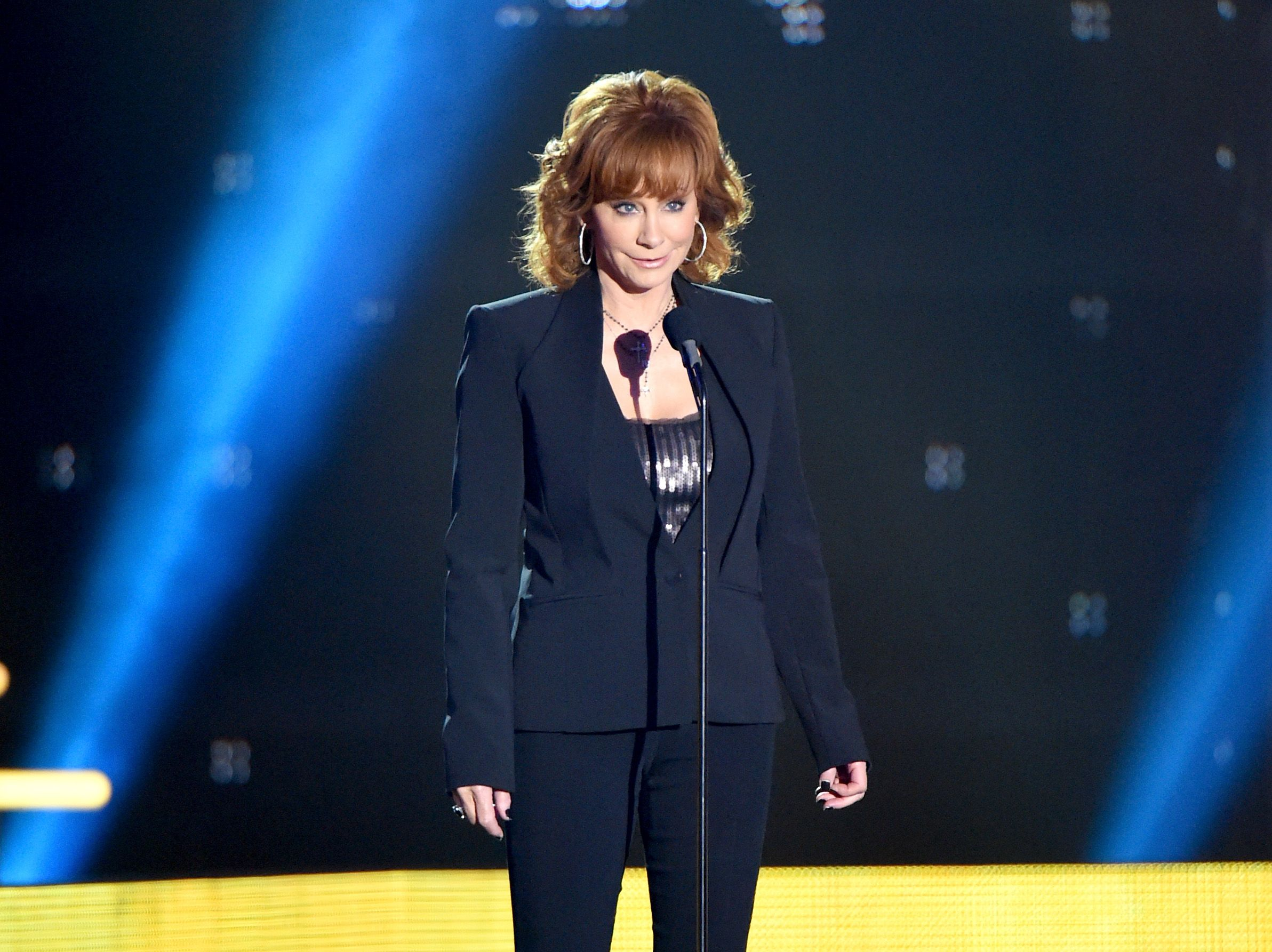 Reba McEntire Honors Late Band Members Who Died in a Tragic Plane Crash 28 Years Ago