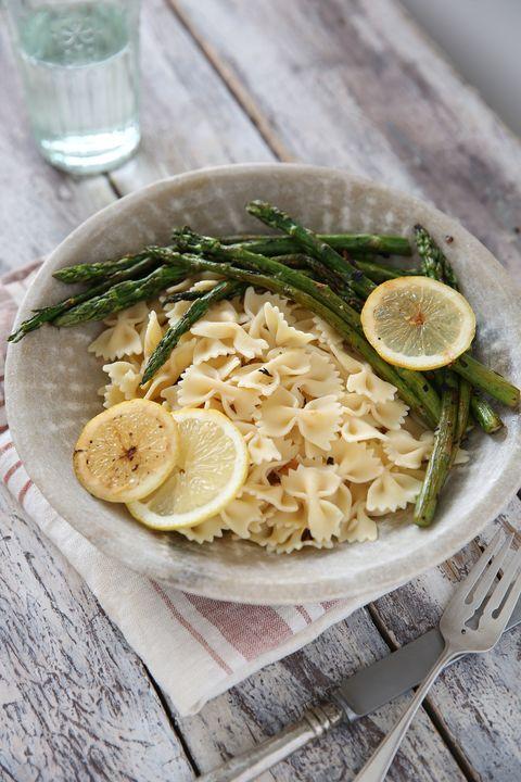 receta de pasta con limón y espárragos