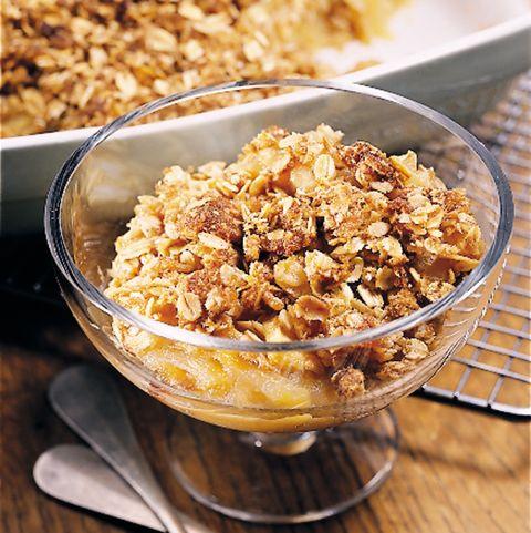 Dish, Food, Cuisine, Breakfast cereal, Ingredient, Granola, Meal, Breakfast, Snack, Vegetarian food,