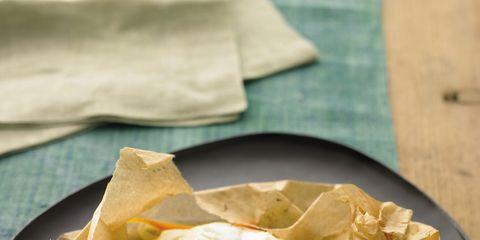Food, Cuisine, Ingredient, Recipe, Dish, Leaf vegetable, Dishware, Plate, Produce, Snack,
