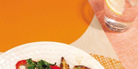 Cuisine, Food, Tableware, Ingredient, Dishware, Leaf vegetable, Dish, Recipe, Salad, Produce,