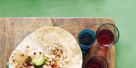 Food, Cuisine, Dishware, Plate, Tableware, Dish, Meal, Serveware, Recipe, Fast food,