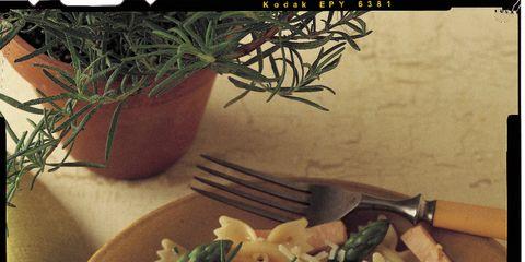 Flowerpot, Food, Cuisine, Ingredient, Recipe, Tableware, Dish, Farfalle, Houseplant, Dishware,