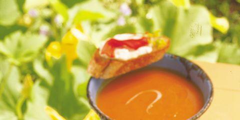 Food, Ingredient, Tableware, Dish, Condiment, Serveware, Tomato soup, Espagnole sauce, Sauces, Soup,