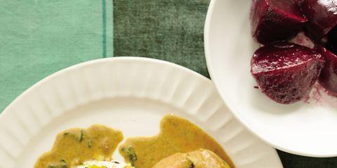 Food, Cuisine, Dishware, Dish, Serveware, Plate, Ingredient, Tableware, Recipe, Breakfast,