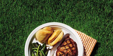 Cuisine, Food, Tableware, Dish, Finger food, Plate, Ingredient, Leaf vegetable, Meal, Vegetable,