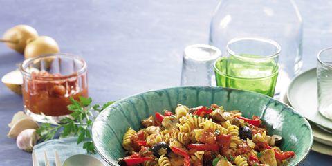 Serveware, Food, Cuisine, Dishware, Tableware, Produce, Dish, Ingredient, Meal, Recipe,