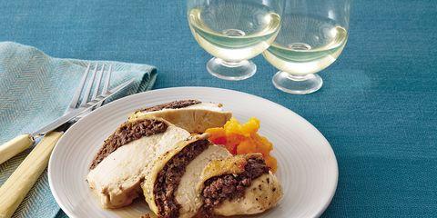 Serveware, Dishware, Food, Glass, Cuisine, Ingredient, Plate, Drinkware, Tableware, Dish,