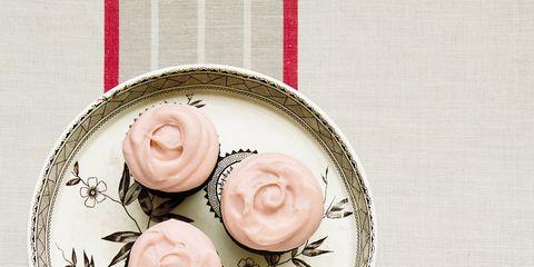 Food, Sweetness, Red onion, Finger food, Ingredient, Peach, Recipe, Kitchen utensil, Circle, Snack,
