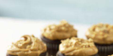 Dish, Food, Cupcake, Buttercream, Cuisine, Dessert, Icing, Ingredient, Baking, Baked goods,
