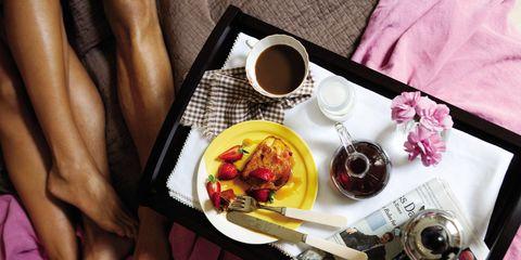 Drink, Serveware, Food, Purple, Tableware, Pink, Cuisine, Magenta, Meal, Dishware,