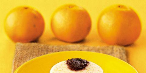 Food, Yellow, Ingredient, Fruit, Cuisine, Serveware, Produce, Dishware, Natural foods, Whole food,