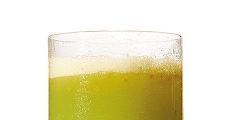 Liquid, Green, Drink, Alcoholic beverage, Juice, Vegetable juice, Fluid, Tableware, Drinkware, Ingredient,
