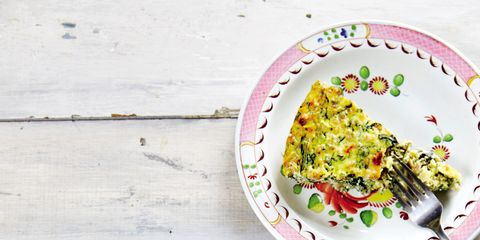 Yellow, Cuisine, Recipe, Dish, Garnish, Dishware, Mixture, Plate, Vegetarian food, Fast food,