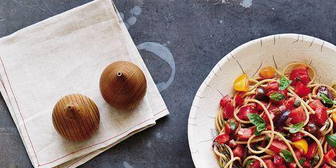 Food, Cuisine, Finger food, Dish, Ingredient, Tableware, Recipe, Leaf vegetable, Garnish, Fast food,