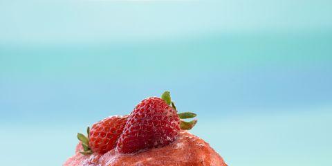 Food, Dishware, Serveware, Ingredient, Dessert, Sweetness, Plate, Pattern, Dish, Tableware,
