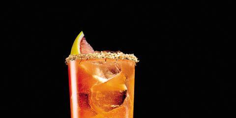 Liquid, Drink, Alcoholic beverage, Classic cocktail, Tableware, Cocktail, Distilled beverage, Amber, Juice, Orange,