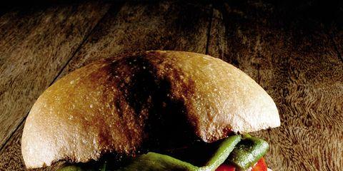 Finger food, Food, Sandwich, Ingredient, Baked goods, Cuisine, Bun, Hamburger, Leaf vegetable, Dish,
