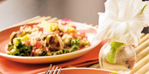 Food, Cuisine, Meal, Tableware, Dishware, Dish, Salad, Leaf vegetable, Recipe, Plate,
