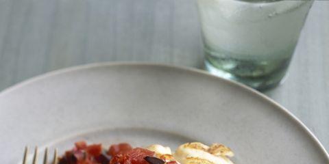 Food, Cuisine, Dishware, Ingredient, Serveware, Tableware, Dish, Produce, Plate, Fruit,
