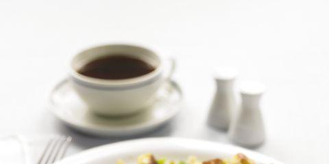 Serveware, Food, Dishware, Ingredient, Egg yolk, Cuisine, Breakfast, Egg white, Tableware, Dish,