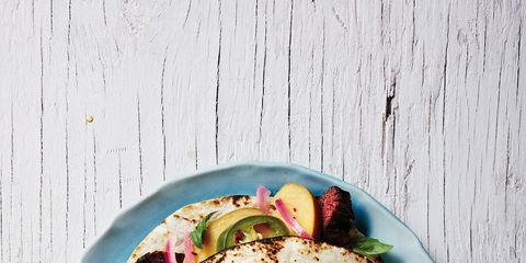 Cuisine, Food, Dish, Dishware, Corn tortilla, Flatbread, Plate, Recipe, Fast food, Tortilla,