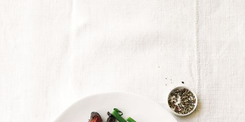 Food, Ingredient, Leaf vegetable, Garnish, Dishware, Cuisine, Recipe, Produce, Culinary art, Dish,