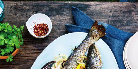Food, Dishware, Serveware, Seafood, Tableware, Cuisine, Leaf vegetable, Plate, Smoked fish, Fish,