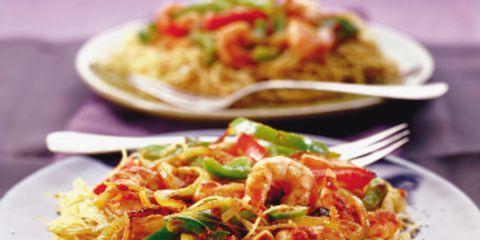 Food, Cuisine, Ingredient, Noodle, Spaghetti, Tableware, Dish, Plate, Dishware, Recipe,