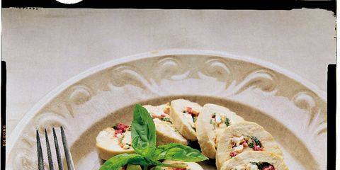 Food, Cuisine, Dishware, Finger food, Plate, Ingredient, Serveware, Tableware, Dish, Kitchen utensil,