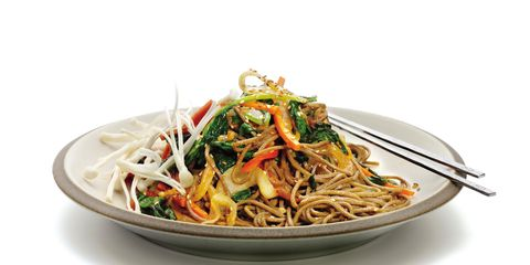 Cuisine, Food, Ingredient, Chinese noodles, Noodle, Spaghetti, Pasta, Tableware, Pancit, Fried noodles,
