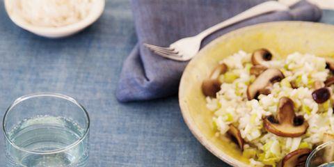Food, Serveware, Cuisine, Dishware, Tableware, Meal, Breakfast, Drinkware, Dish, Recipe,