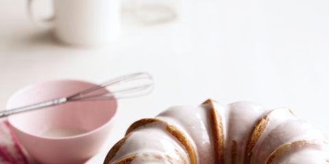 Food, Cuisine, Serveware, Dishware, Sweetness, Ingredient, Baked goods, Plate, Dessert, Tableware,