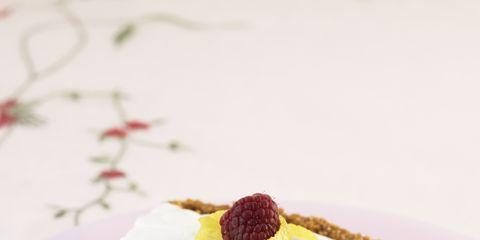 Food, Cuisine, Sweetness, Ingredient, Dessert, Dishware, Baked goods, Dish, Plate, Serveware,