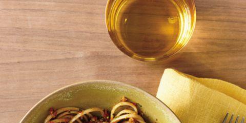 Dishware, Food, Serveware, Cuisine, Amber, Noodle, Kitchen utensil, Cutlery, Tableware, Ingredient,