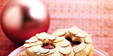 Finger food, Cuisine, Food, Sweetness, Baked goods, Dessert, Ingredient, Serveware, Dish, Recipe,