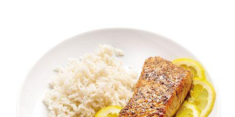 Food, Cuisine, Ingredient, Breakfast, Dish, Dishware, Fast food, Recipe, Plate, Meat,