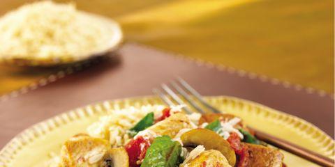 Food, Cuisine, Dishware, Ingredient, Tableware, Dish, Plate, Leaf vegetable, Recipe, Serveware,