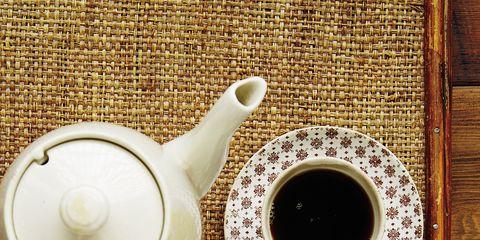 Serveware, Dishware, Finger food, Food, Cuisine, Ingredient, Teapot, Porcelain, Tableware, Dish,