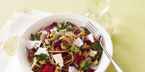 Salad, Food, Cuisine, Dishware, Serveware, Garden salad, Glass, Tableware, Dish, Wine glass,