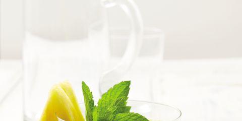 Green, Vegetable juice, Drink, Ingredient, Juice, Food, Health shake, Tableware, Liquid, Produce,