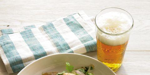 Beer, Food, Cuisine, Serveware, Ingredient, Tableware, Beer glass, Dishware, Drinkware, Alcohol,