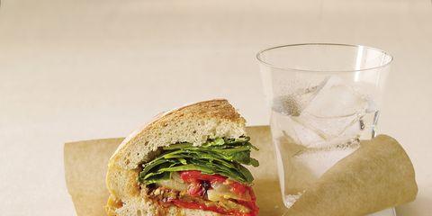 Finger food, Food, Sandwich, Ingredient, Cuisine, Baked goods, Dish, Bun, Leaf vegetable, Serveware,