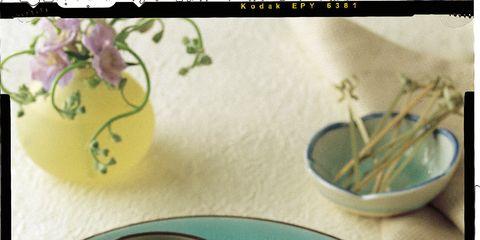 Food, Fried food, Dishware, Tableware, Dish, Recipe, Ingredient, Serveware, Meal, Cuisine,