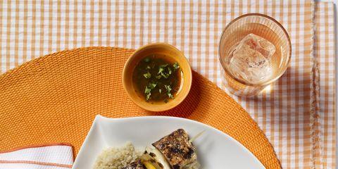 Food, Cuisine, Dishware, Tableware, Dish, Serveware, Culinary art, Garnish, Home accessories, Recipe,