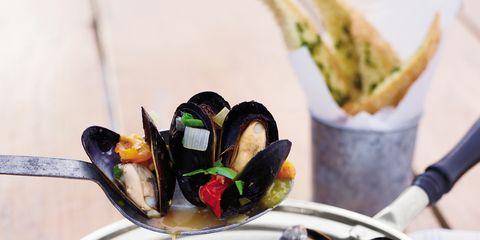 Cuisine, Food, Recipe, Dish, Dishware, Seafood, Ingredient, Bowl, Plate, Comfort food,