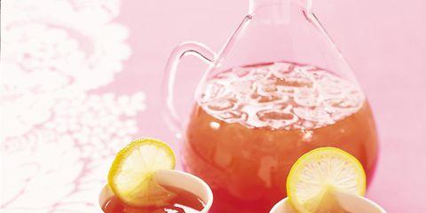 Hummingbird, Ingredient, Drink, Serveware, Juice, Tableware, Food, Fruit, Bird, Peach,