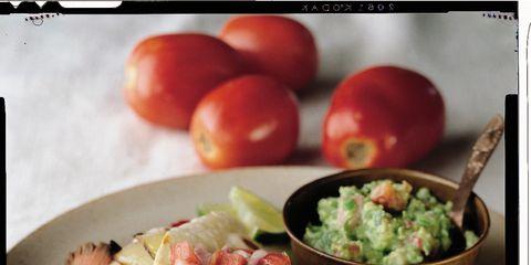 Food, Dishware, Tableware, Ingredient, Serveware, Produce, Plate, Tomato, Seafood, Whole food,