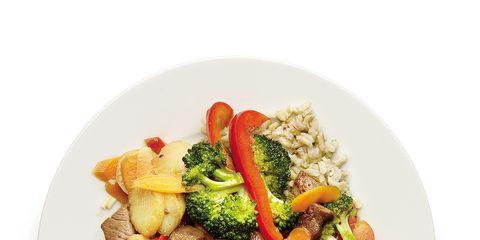 Food, Ingredient, Cuisine, Produce, Dishware, Leaf vegetable, Vegetable, Recipe, Dish, Garnish,