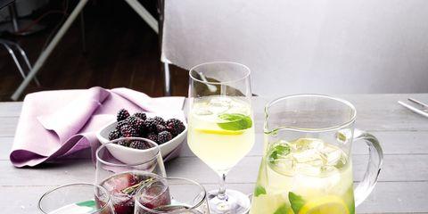 Drink, Glass, Tableware, Drinkware, Alcoholic beverage, Serveware, Distilled beverage, Liqueur, Cocktail, Barware,